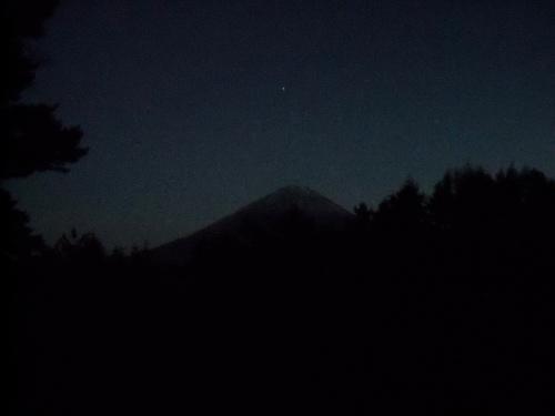 aokigahara-and-fuji-san-at-night