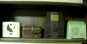 Tanikawa has about 70 vintage radios in his collection