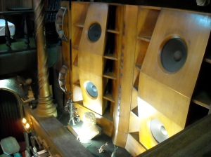 massive-wooden-speakers